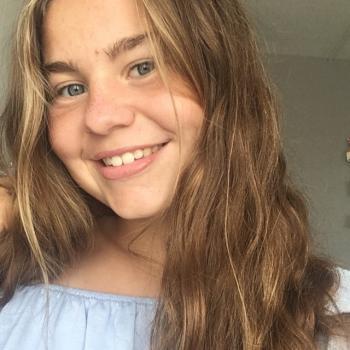 Baby-sitter in Brest: Léa