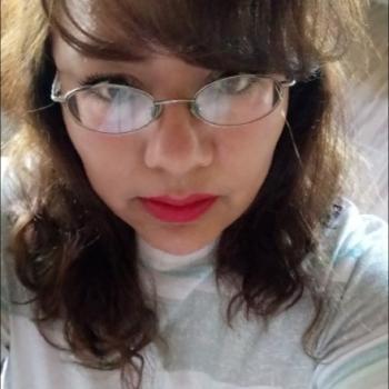 Babysitter Nezahualcóyotl Segundo [Relleno Sanitario]: María Dolores