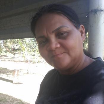 Agência de babás Manaus: Deuza