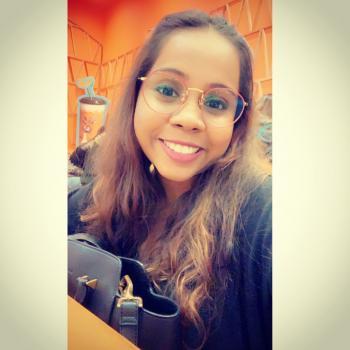 Babysitter Singapore: Sindhu