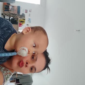 Baby-sitter in Toulon: Amandine