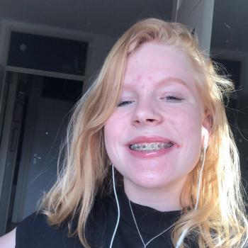 Babysitter Almere Stad: Esmee