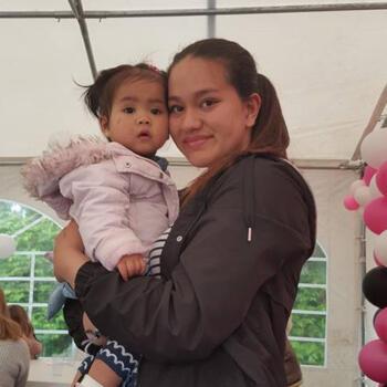 Babysitter in Sint-Niklaas: Angelique