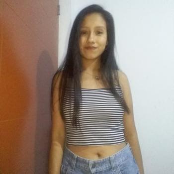 Babysitter in Callao: Eymi Saenz