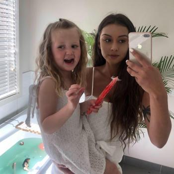 Babysitter Pakenham: Emily