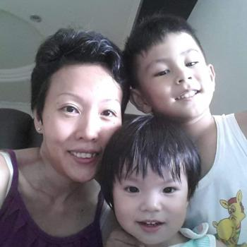 Babysitter Singapore: Goo