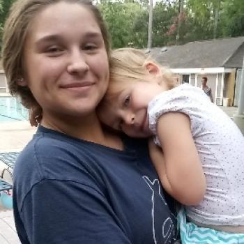 Babysitter Houston: Jayde