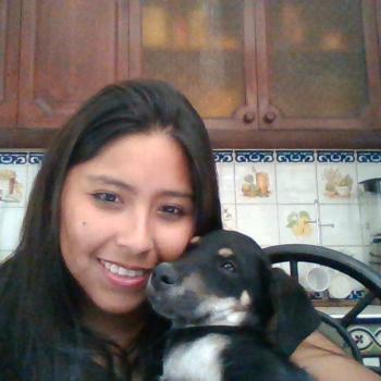 Babysitter Carabayllo: Maria Paola