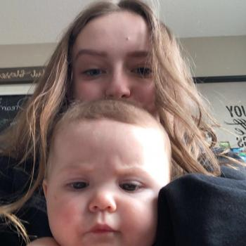 Babysitter Edmonton: Abby