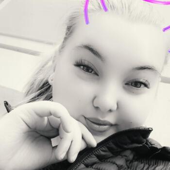 Barnvakter i Åbo: Alisa