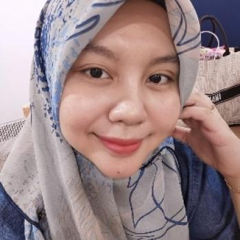 Babysitting job in Petaling Jaya: babysitting job Farhana