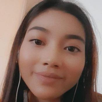 Babysitter in Singapore: Sri Nur Husnina