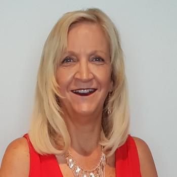 Babysitter Port Macquarie: Debra