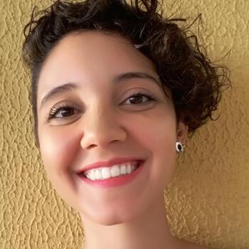 Babysitter in Florianópolis: Isabela