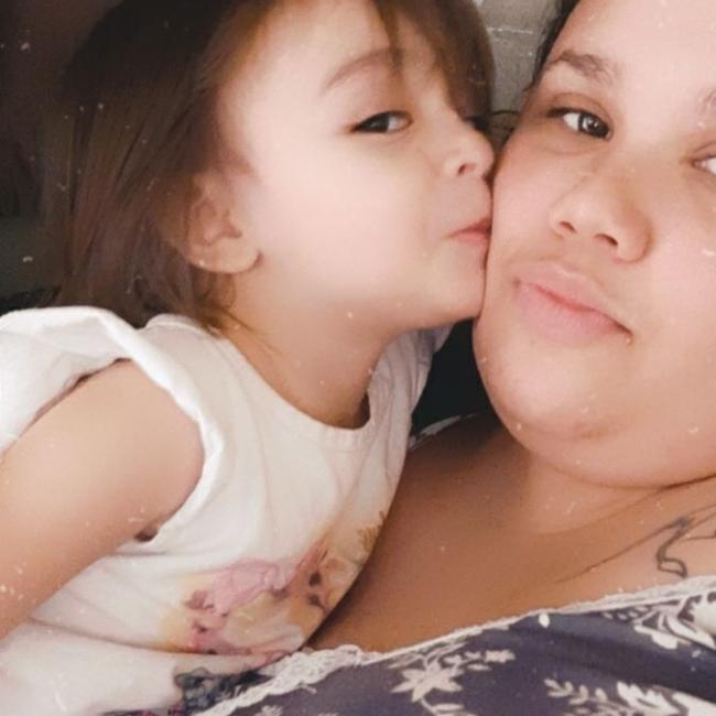 Babá em Londrina: Ariane