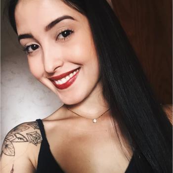 Babysitter Seixal: Adria Marcela