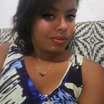 Babá Contagem: Tatiane De Oliveira
