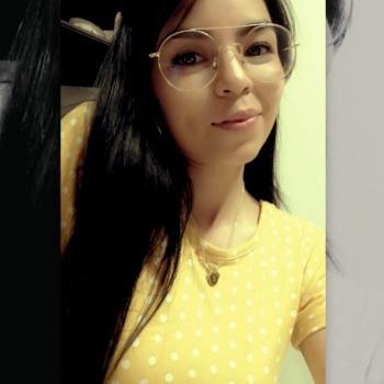 Niñera Santa Catarina: Edna