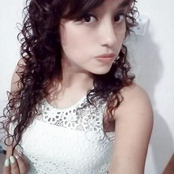 Niñera Santa Catarina: Perla