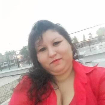 Babysitter in Grand Bourg: Mirna