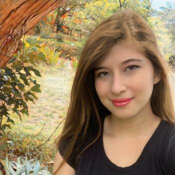 Babysitter in Cartago: Ariana