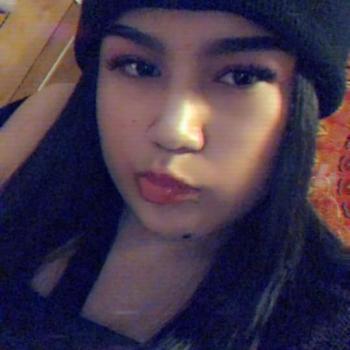 Baby-sitter Winnipeg: Rozine