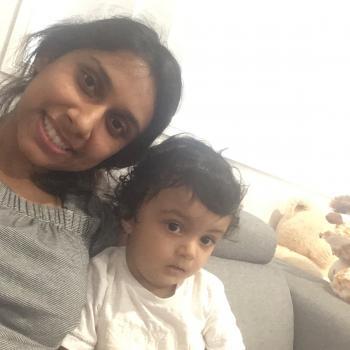 Babysitter Darwin: Ashna