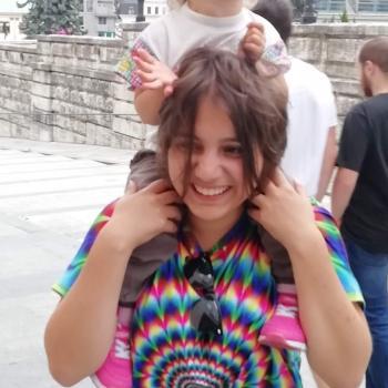 Barnvakt i Ängelholm: Julia