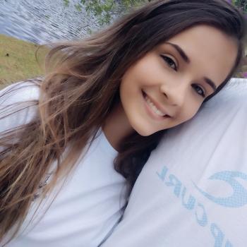 Babysitter Joinville: Isabele