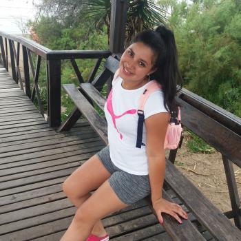 Niñera La Plata: Nicole