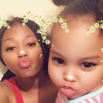 Babysitter Austin: Elrenna