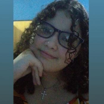 Babá em Fortaleza: Sarliane