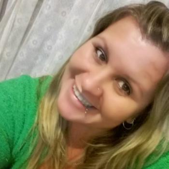 Babá em Viamão: Rosane