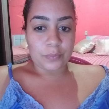 Babysitter Fortaleza: Leticia