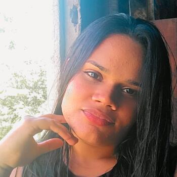 Babysitter in João Pessoa: Maria