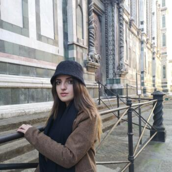Babysitter in Prato: Sara