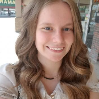 Baby-sitter Winnipeg: Robyn