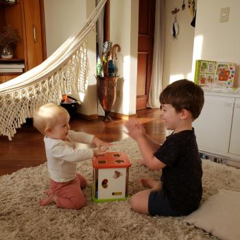 Emprego de babá em Curitiba: emprego de babá Marília