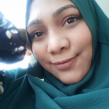 Babysitter Singapore: Shamima