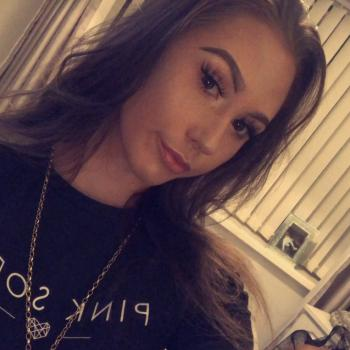 Babysitter in Doncaster: Demi