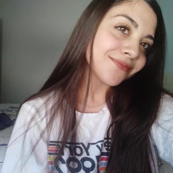 Niñera Banfield: Abril Álvarez Molina