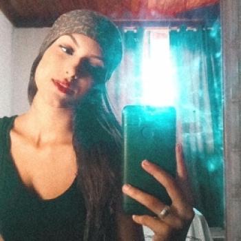Babysitter in Florianópolis: Lara