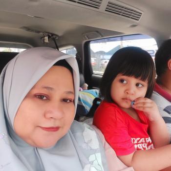 Babysitter in Kuala Lumpur: Rozie