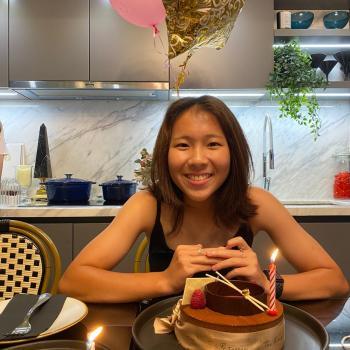 Babysitter in Singapore: Nicole