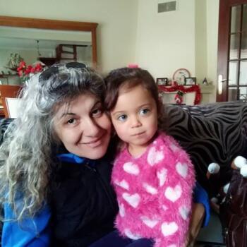 Babysitter em Amora: Cristina