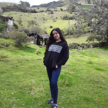 Babysitter in Los Patios: Nicolle