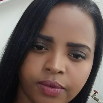 Babysitters in Belo Horizonte: Laysa Cristina