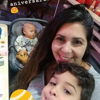 Emprego de babá Caieiras: emprego de babá Camila