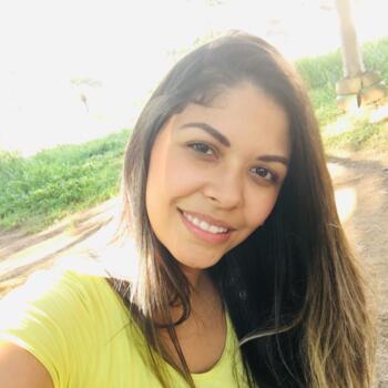 Babysitter Guarulhos: Luana