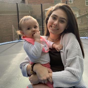 Babysitter Matthews: Estefania